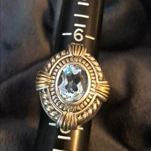 VINTAGE - Sterling Silver & 18k Blue Topaz Ring !
